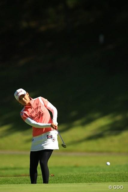 ノーボギーの安定したゴルフで4つスコアを伸ばし、首位に1打差の単独2位に躍り出ました。