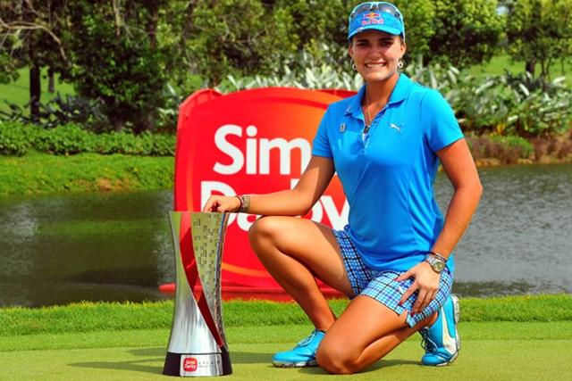 2013年 サイム・ダービー LPGAマレーシア 最終日 レクシー・トンプソン 18歳の L.トンプソンが2シーズンぶりの勝利! ツアー通算2勝目を手にした(Stanley Chou/Getty Images)