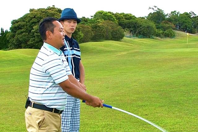 ゴルフクラブの取扱説明書 Vol.6 シャフトを横にしならせると飛ぶ! 3P