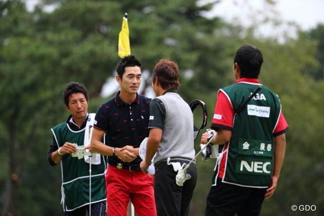 2013年 日本オープンゴルフ選手権競技 3日目 キム・キョンテ、キム・ヒョンソン 君なんていう名?キム?奇遇だね。僕もキムだもん。