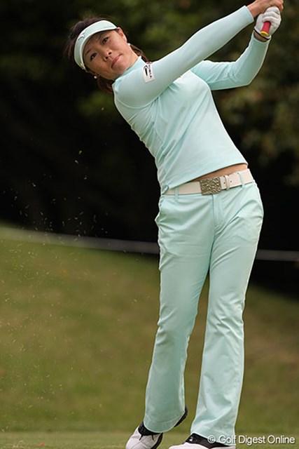 手堅いゴルフを続け単独首位をキープした中国のチャンナ