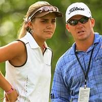 2008年の全米女子オープンの練習ラウンドでアドバイスを送っていた兄のニコラス。妹レクシーに続けるか?(Getty Images) 2013年 CIMBクラシック 事前情報 レクシー・トンプソン ニコラス・トンプソン