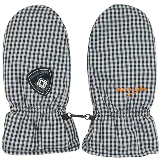 冬のラウンドでかかせないのが手袋。あるととても便利!