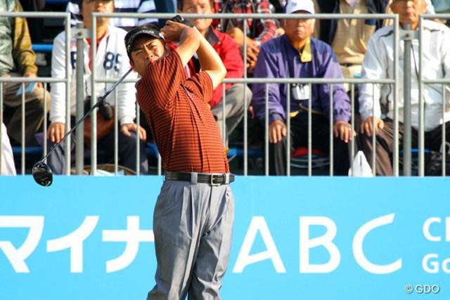 2013年 マイナビABCチャンピオンシップ 2日目 池田勇太 伸ばしたスコアは2つに留まったが、今季初勝利を目指す池田勇太が単独首位をキープ
