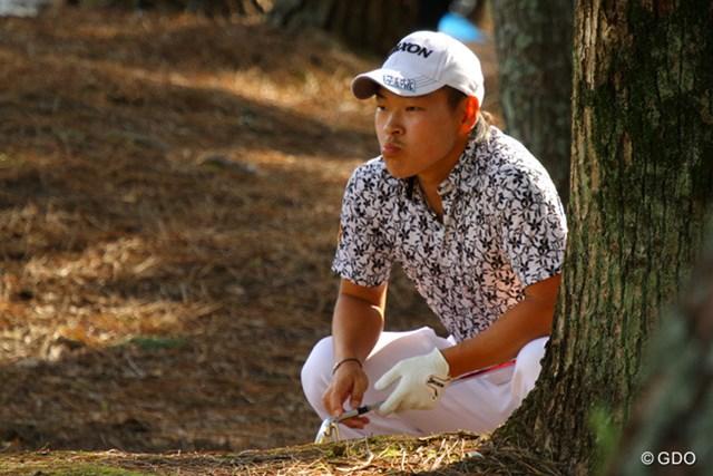 2013年 マイナビABCチャンピオンシップゴルフトーナメント 3日目 藤本佳則 2番で林に曲げた藤本。いじけてるわけじゃありせん。
