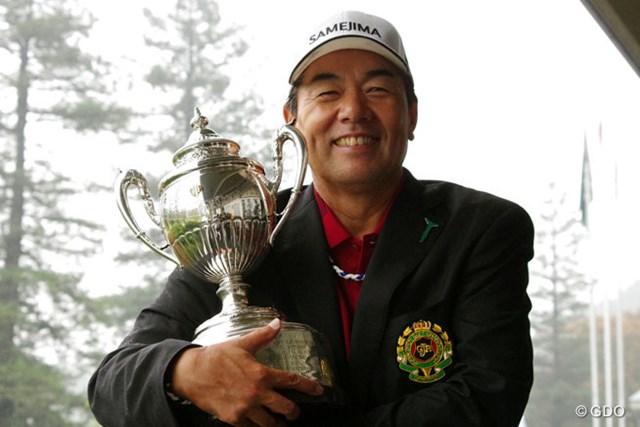 2013年 第23回日本シニアオープンゴルフ選手権競技 最終日 室田淳 雨中の最終日を苦しみながらも逃げ切り、シニアメジャー通算3勝目を手にした室田淳