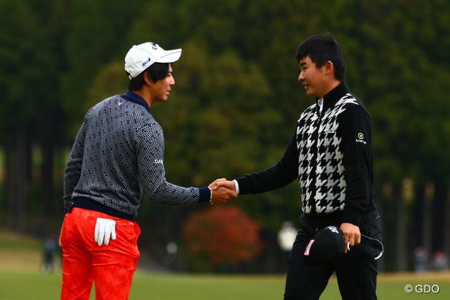 同組でプレーした若い2人が好発進。川村は今季2勝目に向け首位スタートを決めた