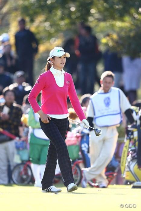 伊藤園所属の日下部智子がイーグル奪取で決勝へ 2013年 伊藤園レディスゴルフトーナメント 2日目 日下部智子