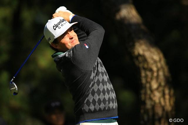 全米プロチャンピオンは、やや出入りの激しいゴルフで、2オーバースタート。