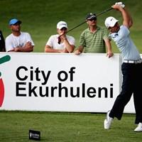 大会2日目、「65」をマークして首位に躍り出たメジャー覇者チャール・シュワルツェル(Getty Images) 2013年 南アフリカオープン選手権 2日目 チャール・シュワルツェル