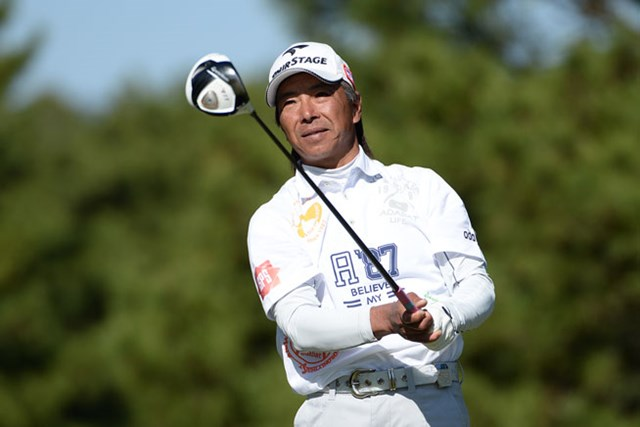 復調の井戸木鴻樹が首位タイ浮上で最終日へ ※画像提供:日本プロゴルフ協会
