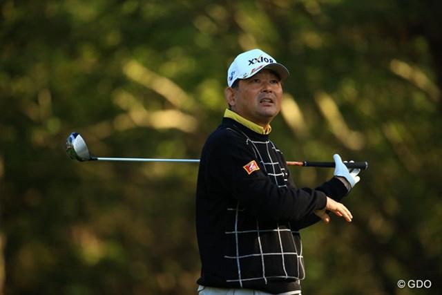 久々の試合参戦となる中嶋さんにとっては、体力的にも辛かったのでしょうか・・・。80を叩き64位タイに後退です。