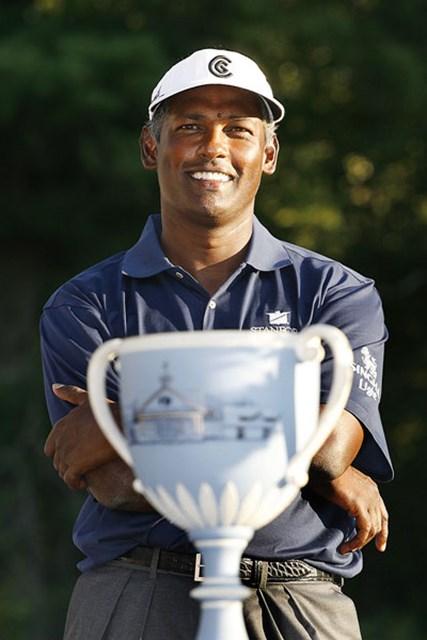プレーオフ2連勝を飾ったビジェイ・シン。FedExCupと賞金王のタイトルに大きく前進した。(Hunter Martin/Getty Images)