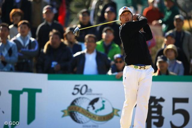 2013年 ゴルフ日本シリーズJTカップ 2日目 イ・キョンフン 「64」を叩き出して終盤に単独首位の座を奪ったイ・キョンフン。松山、石川らと同学年の韓国の逸材だ。