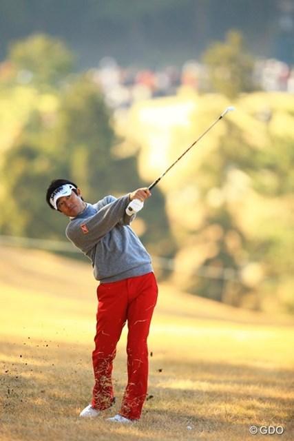 2013年 ゴルフ日本シリーズJTカップ 2日目 山下和宏 ボギー先行の非常に苦しいゴルフでした。今日はスコアを伸ばせず、9位タイに後退。