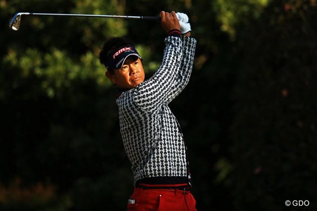 2013年 ゴルフ日本シリーズJTカップ 2日目 藤田寛之 ようやく昨年の賞金王が覚醒でしょうか。ショットの調子が悪いと言いながらも、今日は67をマークです。19位タイ。