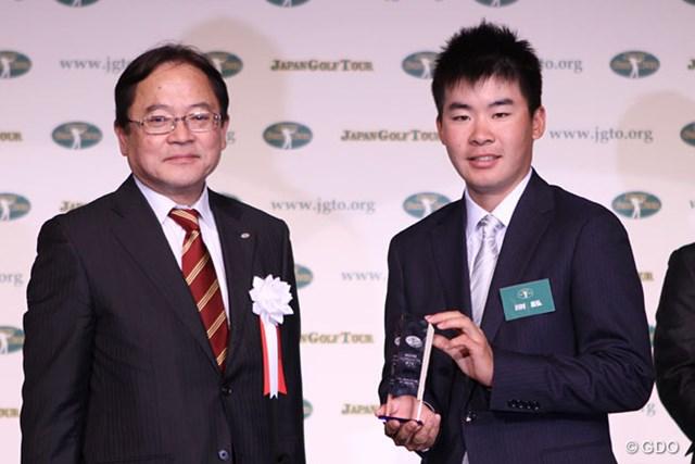 川村昌弘はフェアウェイキープ率賞を受賞