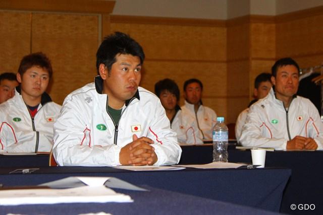 昨年に続いて開催のJGTO主催合宿。甲斐のほか多くの若手選手らが参加している