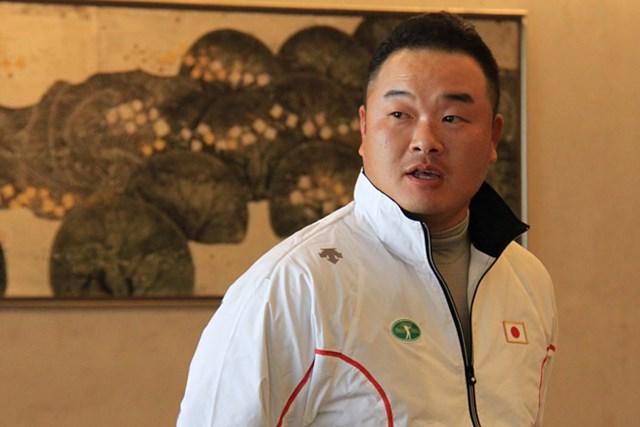 JGTO主催のオフの宮崎・強化合宿にて。選手会理事を代表して参加者にむけてエールを贈った小田孔明