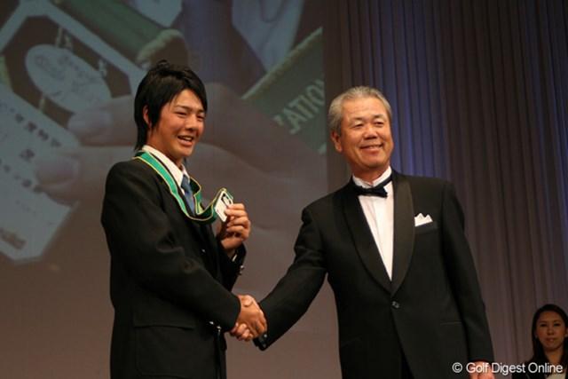 JGTO前会長の島田幸作氏が死去。享年64歳という若さだった(画像は2007年度ジャパンツアー表彰式)