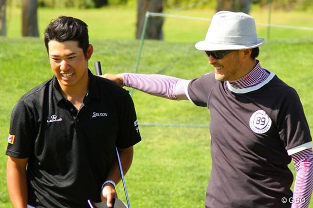 プロアマ戦に出場した松山。初めて一緒にプレーした渡辺謙さんは「2人(松山と石川)に、とにかく1勝を期待します。今年は楽しい1年になりそう」