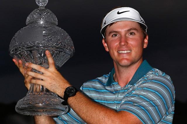 4選手でのプレーオフを制しツアー2勝目を果たしたラッセル・ヘンリー(Sam Greenwood/Getty Images)