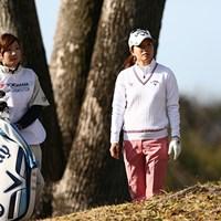 昨年の新人戦で優勝した藤田光里は妹・美里さんにキャディを任せてプレーしている 2014年 ヨコハマタイヤPRGRレディスカップ 初日 藤田光里