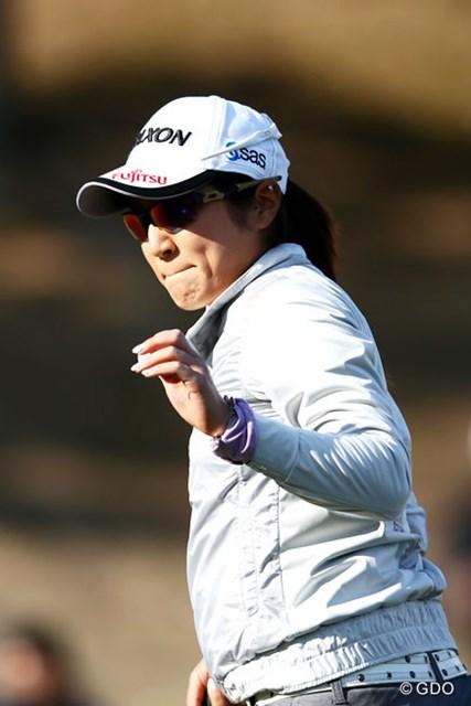 ツアー2勝目へ、昨年と同じく首位スタートを決めた藤本麻子