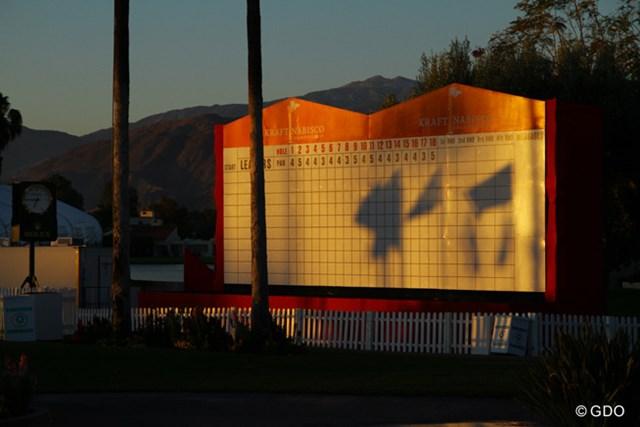 第1組のスタート前、朝の光はいろんなものを映し出してくれる