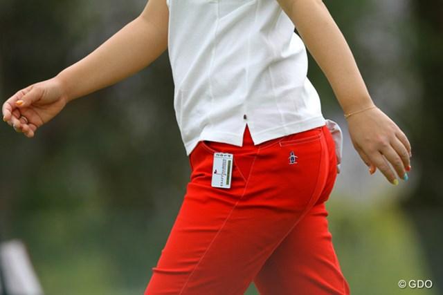 宮里美香は左前ポケットに挟んでます