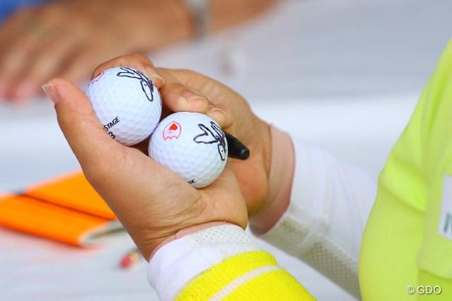 予選落ちはしたが、ボランティアの人に渡すボールはしっかりと用意してアテストテントを出る