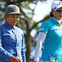 野村敏京は「大先輩」と慕う朴セリと初めての同組。緊張と喜びが入り交じる貴重なラウンドとなった 2014年 LPGAロッテ選手権 3日目 野村敏京&朴セリ
