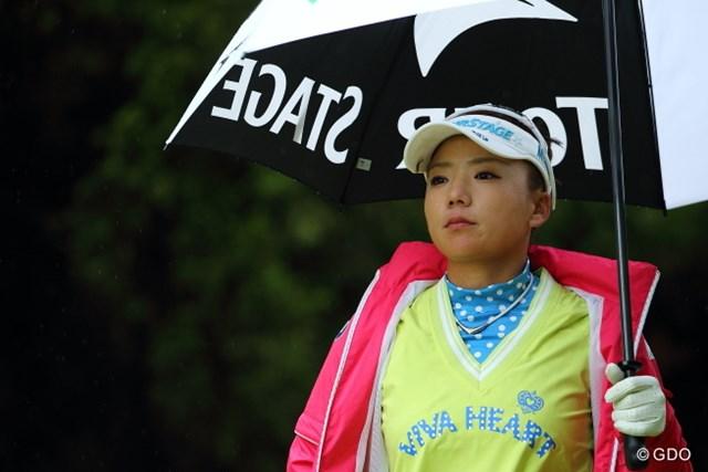 久しぶりの日本の試合なのに雨とは…。