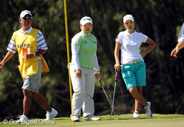 申智愛と上田桃子(右) これからの女子ゴルフ界を牽引するであろう、2人の若きアジア代表