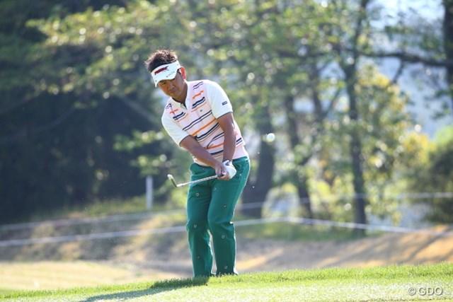 2014年 つるやオープンゴルフトーナメント 初日 藤田寛之 首位発進の藤田。例年よりもラフが長いセッティングで実力者が上位に