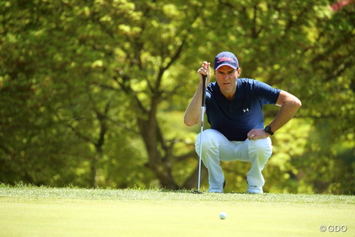 しゃがんでも身長1m50位あるらしい 2014年 つるやオープンゴルフトーナメント 初日 デビッド・スメイル