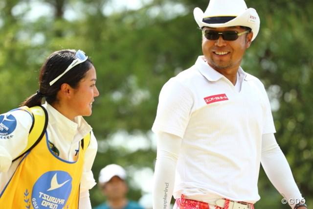 2014年 つるやオープンゴルフトーナメント 3日目 片山晋呉 首位の重永とは2打差に。片山は最終日、最終組のひとつ前から逆転を狙う