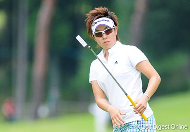 アマチュア時代の輝かしいタイトルを引っさげ、プロデビュー戦を飾った森桜子
