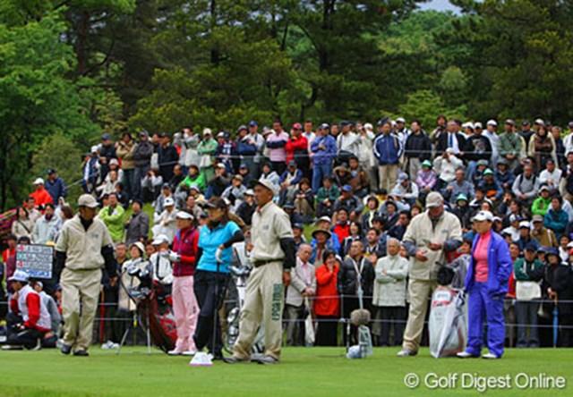 福嶋と申の戦いはプレーオフに!6,400人を超すギャラリーもこの熱戦を楽しんだ