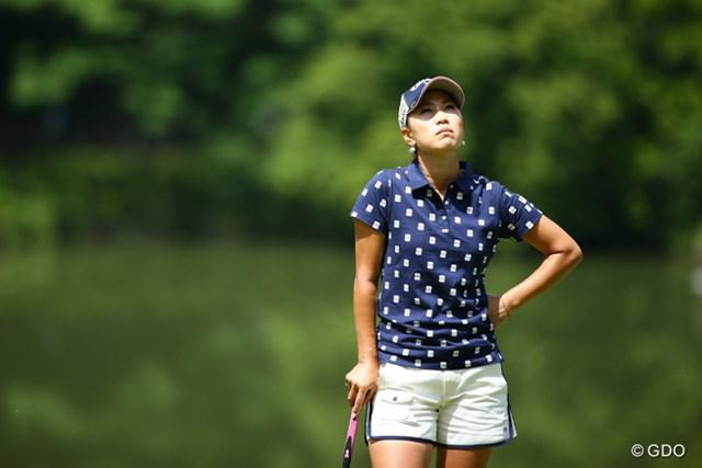 前半も終わり頃にくると、このように天を仰ぐ姿が多かった。昨日のゴルフがある分、悔しさが多かったのかな