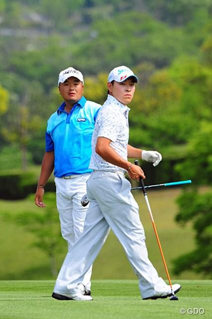 2014年 関西オープンゴルフ選手権競技 最終日 小田孔明 藤本佳則 18番で2オンに成功させた小田孔明。藤本にプレッシャーを与えて鮮やかに勝ち越した