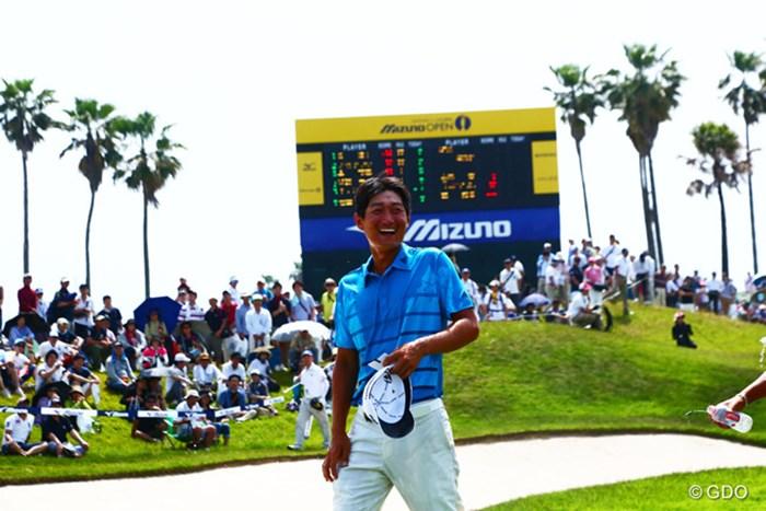初優勝!そして韓国の仲間達から水を浴びてたけど試合が終るとこんな無邪気な笑顔をするんだなと。 2014年 ~全英への道~ミズノオープン 最終日 ジャン・ドンキュ