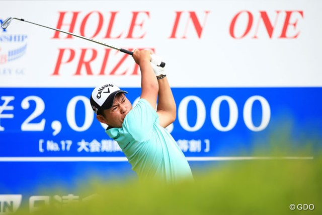 2014年 日本プロゴルフ選手権大会 日清カップヌードル杯 2日目 大田和桂介 「緊張しています」といいながらも着実にスコアを伸ばして首位タイに浮上した大田和桂介