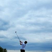 今日は一日中雲に覆われた感じでした。でも雨が降らなくて本当に良かった! 2014年 ヨネックスレディス 2日目 川久保百代