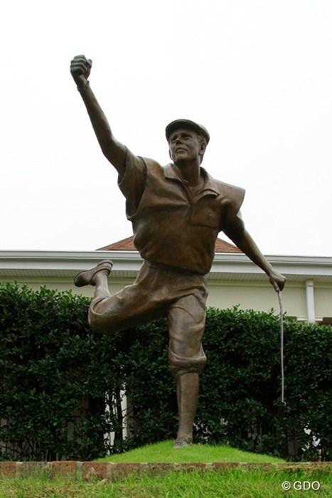 2014年 全米オープン 初日 ペイン・スチュワート銅像
