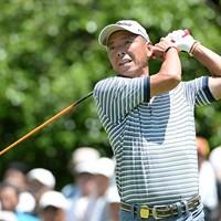 「66」をマークした池内信治が通算11アンダーの単独首位に立った※画像提供・日本プロゴルフ協会 2014年 第15回スターツシニアゴルフトーナメント 2日目 池内信治
