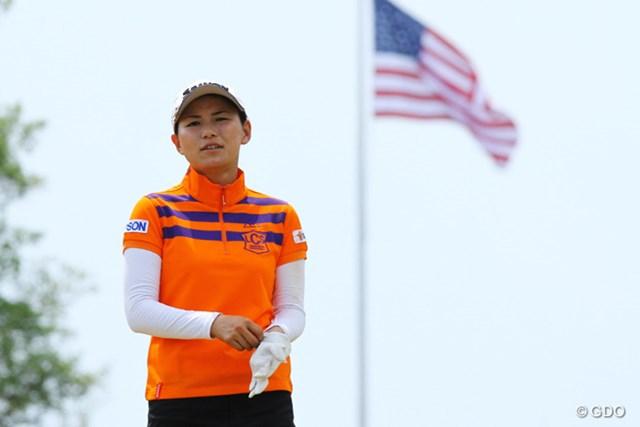 2014年 全米女子オープン 事前 横峯さくら 星条旗をバックに 横峯は4月のクラフトナビスコ選手権に続くメジャー参戦