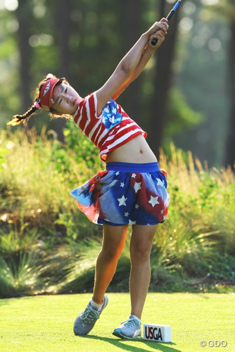 全米女子オープン初日を星条旗のウエアで迎えた11歳のルーシー・リー 2014年 全米女子オープン 初日 ルーシー・リー