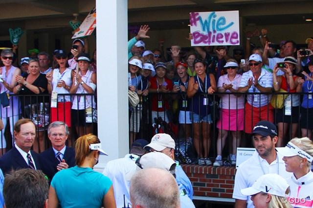 """ウィのメジャー優勝を待ち望んだファンは多かった。""""Wie""""Believeとはいいキャッチコピーだ"""