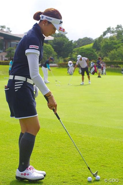 2014年 アース・モンダミンカップ 事前 森田理香子 かの地で味わったアプローチの重要性。この日の練習にも熱が入った森田理香子